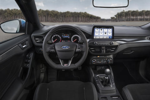 2019_FORD_FOCUS_ST_17