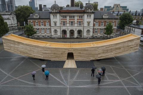"ZÜBLIN Timber liefert LENO®-Brettsperrholz-Elemente für ""The Smile"" beim London Design Festival 2016"