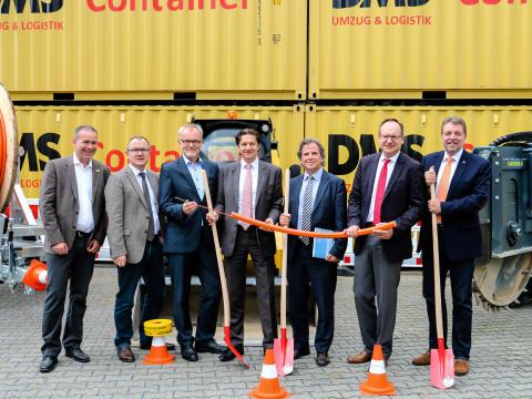 Spatenstich zum Glasfaser-Netzausbau im Gewerbegebiet in Dietzenbach