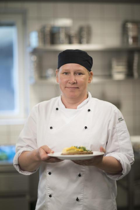 Lilly-Anne Johansson, driftsansvarig kock i Tegelslagarens kök på Gimonäs