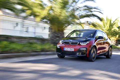 ASICS Stockholm Marathon elektrifieras - BMW ny huvudsponsor