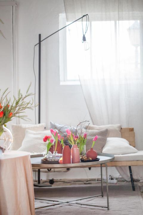 Daniella Witte inreder med svenskodlade tulpaner