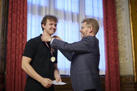 Elektriker Emil Eigenbrod og overborgmester Frank Jensen