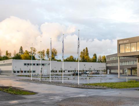 ASSA ABLOY samler produksjon og logistikk