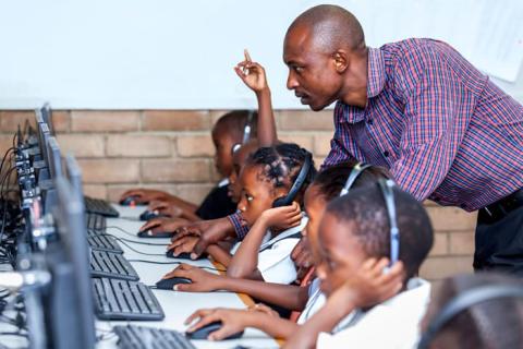 Konnect Africa zapewni szybką łączność internetową placówkom edukacyjnym w Demokratycznej Republice Konga