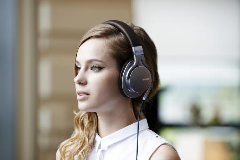 """Het """"album"""" is springlevend in het tijdperk van single-track downloads en playlist-cultuur"""