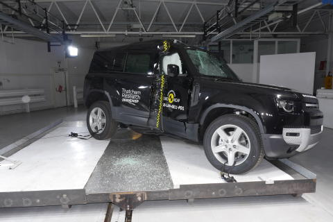 Land Rover Defender - Side Pole test 2020 - after crash