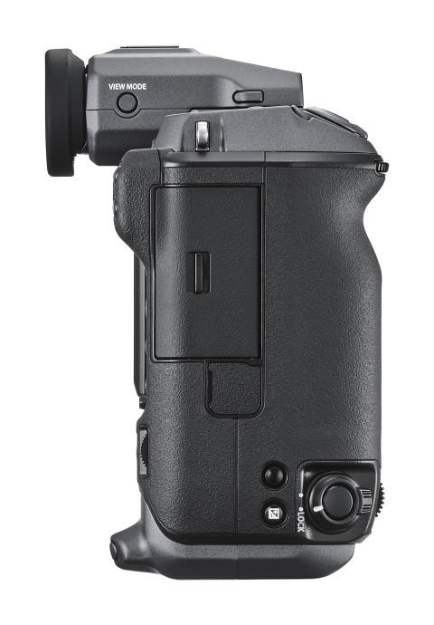 GFX 100 Right side with EVF