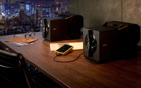 Experience sublime sound on Sony's Signature Series SA-Z1 near field powered speaker system