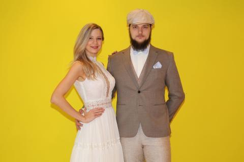 Vintage und schlicht: Die Models Valeria und Paul präsentieren neue Trends der Hochzeitsmode - Foto Isabell Gradinger