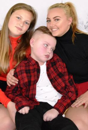 ellenor: Keeping seriously ill children and families together at Christmas
