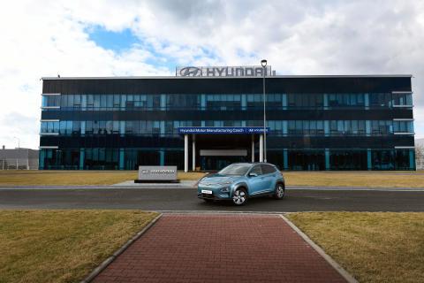 Hyundai_Kona_electric_Werk_Nosovice_166