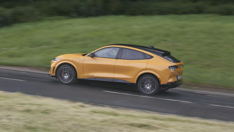 Ford_Mustang-Mach-E-GT_2021_13