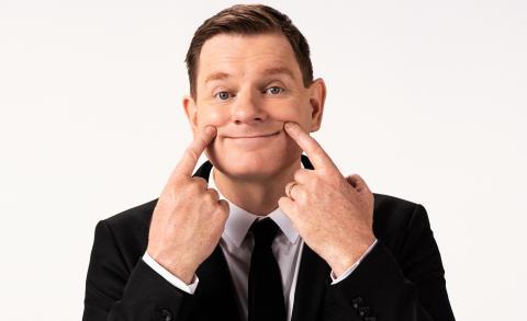 """Al Pitcher på arenaturné med nya humorshowen """"My Happy Place"""""""
