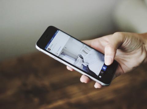 Sociala medier driver på överkonsumtion