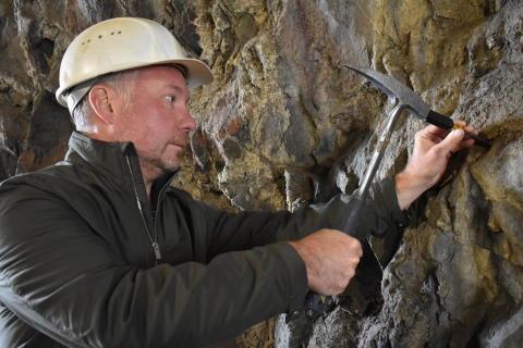 Mikroskopiska fossil på flera kilometers djup är outforskade