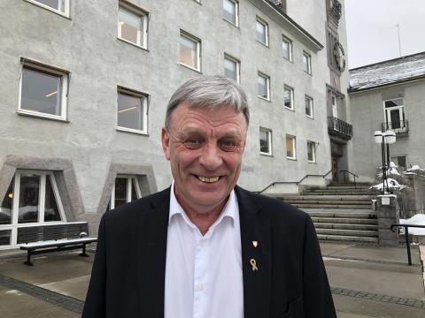 Arnfinn Uthus, ordfører Elverum