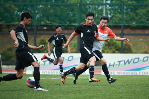 Changi Airport Group and Singapore Sports Council partner to kick-start football programme for underprivileged youths in Central district