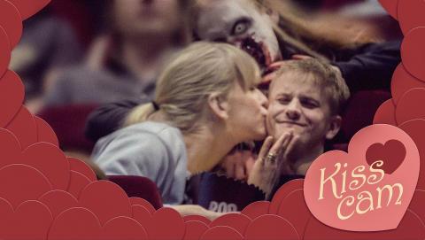 Zombieattack på biograf - aprilskämt från House of Nightmares