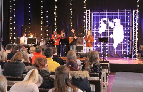 300 unge vendte op og ned på Luthersk Missions Højskole i weekenden