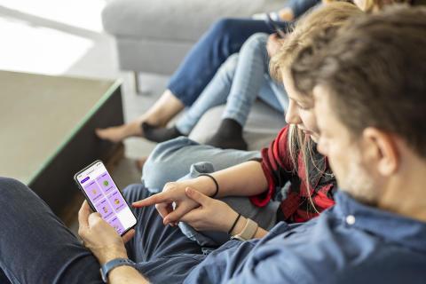 Telia och Friends lanserar Mobilkörkortet – för en trygg start för barn på nätet