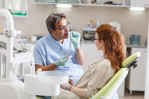 Fall des Monats - Erhöhter Festzuschuss für Zahnersatz: Anpassung älterer Heil- und Kostenpläne möglich