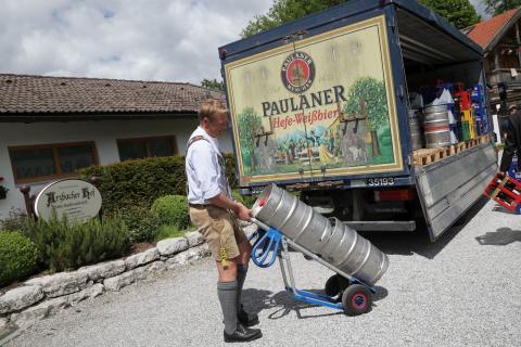 Auslieferung Paulaner Gastro-Fonds Arzbacher Hof
