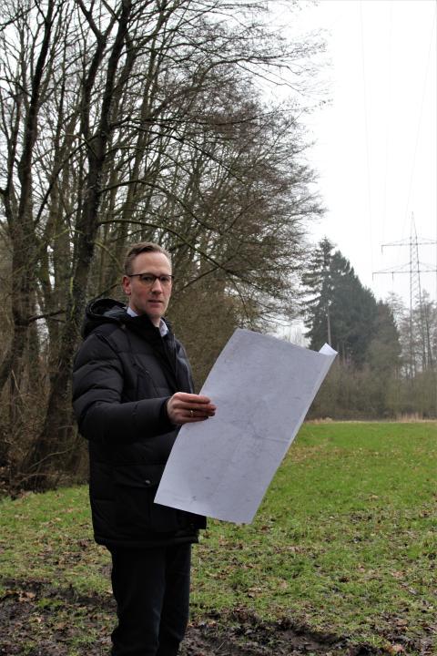 Westfalen Weser Netz führt in Herford  Baumschnittmaßnahmen entlang von Hochspannungsfreileitungen durch