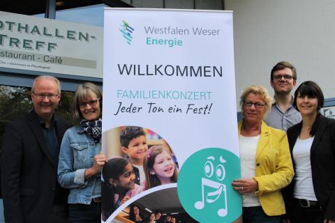 """""""Jeder Ton ein Fest!"""" - Westfalen Weser Energie-Gruppe präsentiert familiäres  Musikerlebnis in der Stadthalle Beverungen"""