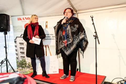 Josefine Wikström, Bostadsutvecklingschef Stockholm söder och Meeri Wasberg, kommunstyrelsens ordförande i Haninge kommun talade på invigningen.