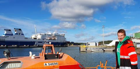 Rakennusinsinööri Juha Ketoniemi aloittanut satamainsinöörinä Naantalin satamassa/Juha Ketoniemi has started as a port engineer  at the port of Naantali