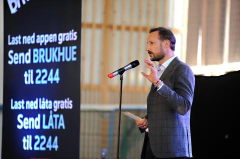 Kronprinsen besøkte Bruk Hue-kampanjen i Narvik