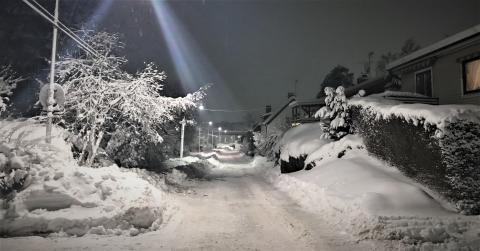 """Snöskottningsregler """"en riktig brain freeze"""" för husägare"""
