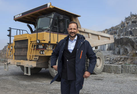 HKH Kronprins Haakon hos Lundhs 17.04.2017