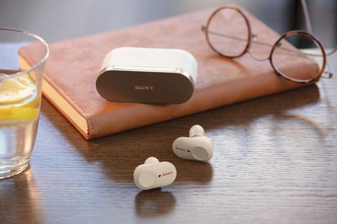 Bez hluku, bez kabelů a bez starostí: představujeme nová sluchátka WF-1000XM3 se špičkovým odstraněním okolního hluku