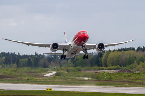 Norwegian's Dreamliner Aircraft LND