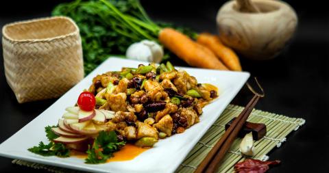 Kiinan keittiössä kiehuu siivu suomalaista lihaa