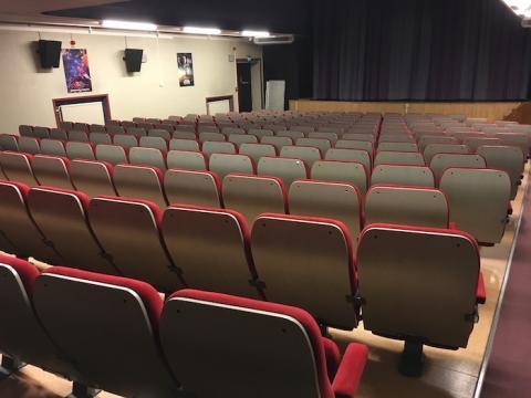Tillväxtutskottet föreslås modifiera beslutet om biografen i Lindesberg