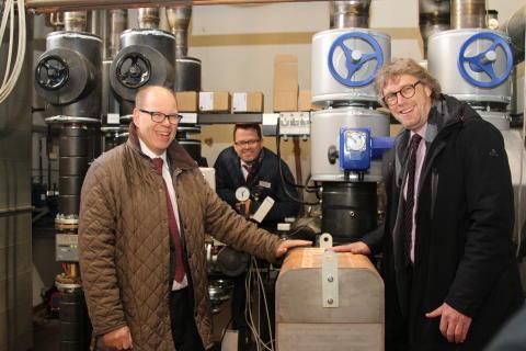 Kalte Tage können kommen: Neue Fernwärmeleitung von  Energieservice Westfalen Weser in Minden in Betrieb