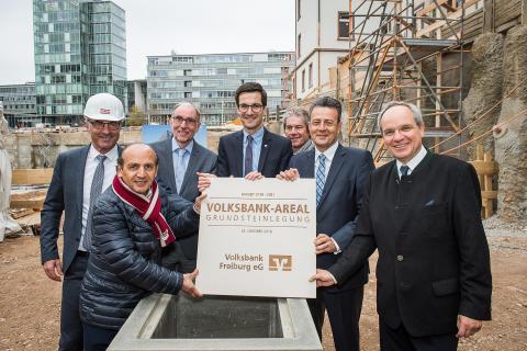 Grundsteinlegung für das Volksbank-Areal in Freiburg