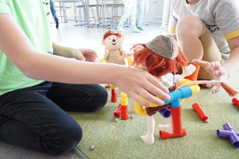 Vissa lättnader för barn och elever