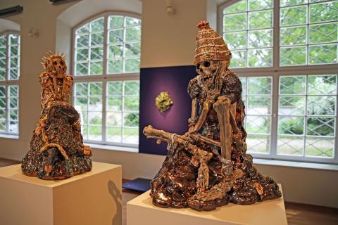 "GRASSI Museum für Angewandte Kunst Leipzig - ""L'amour fou"" - Skelette"