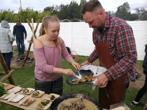 Lekfull tävling i utomhusmatlagning för familjer - Nyhet på Sweden Outdoor Festival