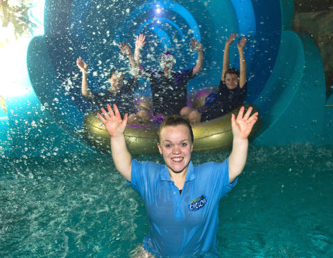Golden girl Ellie Simmonds launches new family water ride, Tropical Cyclone™ at Center Parcs Elveden Forest