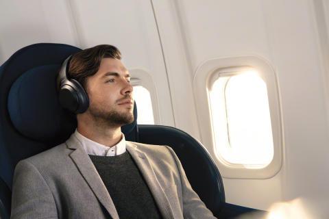 Con le cuffie WH-1000XM3 di Sony, la tecnologia di eliminazione del rumore tocca nuove vette