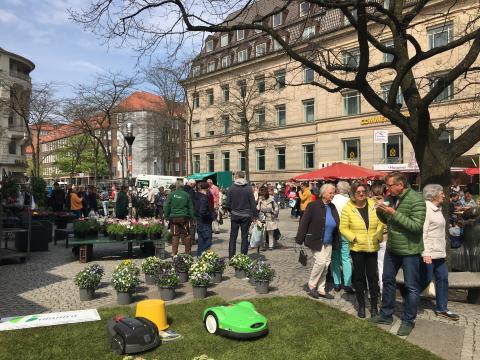 Shoppen in der Kieler Innenstadt   Asmus-Bremer-Platz