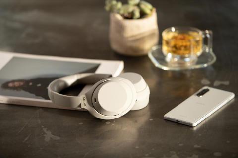 Najlepsze stało się jeszcze lepsze: Sony zapowiada słuchawki bezprzewodowe WH-1000XM4 z wiodącym systemem redukcji hałasu