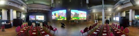 Zahlreiche Premieren und  Neuigkeiten beim publitec-Projektoren Gipfelftreffen