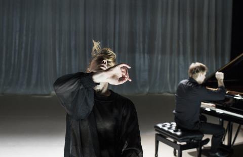 ALAE / Ida Inxi Holmlund, Anderson Dance och pianist Per Tengstrand