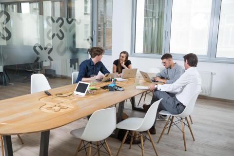 Büromöbelbranche zieht Zwischenbilanz:  Umsätze im ersten Halbjahr leicht gestiegen